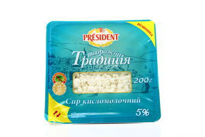 Творог President Традиция кисломолочный 5% п/б 200г