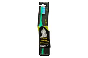 Зубная щетка средней жесткости Control Reach 1шт