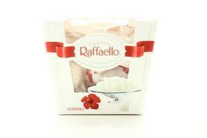 Конфеты в кокосовой стружке с цельным миндальным орехом Raffaello к/у 150г