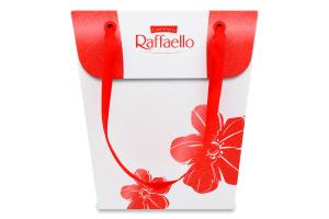 Цукерки в кокосовій стружці з цілим мигдалем Raffaello к/у 230г