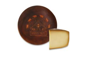 Сир 50% твердий коров'ячий в оболонці з меду Boer'n Trots кг