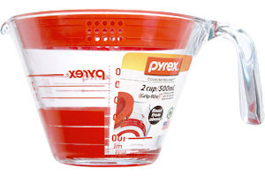 Pyrex Grip-Rite 2 Cup Measuring Cup