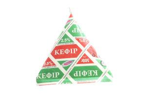 Кефир Вита 2,5% тетропак 500г