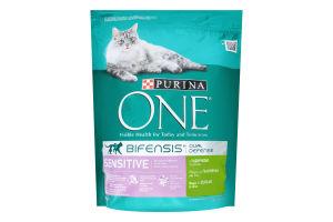 Корм сухой для взрослых кошек С индейкой и рисом One м/у 800г