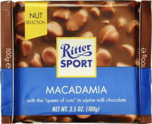 Шоколад молочний Macadamia Ritter Sport 100г