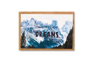 Листівка вітальна з конвертом 10х15см Believe in your dreams S.Brothers&Co 1шт в асорт
