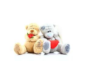 Іграшка Ведмежата з серцем та букетом