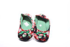 Тапочки-чешки комнатные женские Twins Цветы 38-39 разноцветные