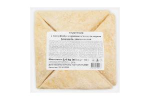 Треугольник из теста Филло с куриным мясом и соусом Бешамель замороженный Югфуд 100г