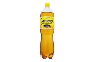 Лимонад Medovo зі смаком яблука та женьшеню 1,5л