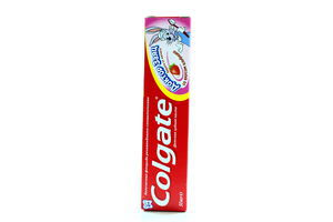 Зубная паста гелевая детская со вкусом клубники Доктор Заяц 2+ Colgate 50мл