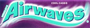 Жувальна гумка без цукру з ароматом чорної смородини і ментолу Airwaves м/у 14г