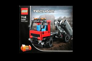 LEGO® Technic Погрузчик 42084
