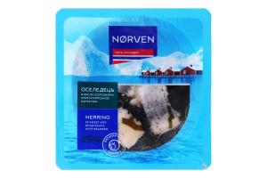 Сельдь филе-кусочки в кисло-сладком соусе с морской капустой Norven лоток 200г