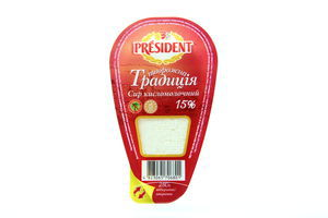 Творог 15% Традиция кисломолочный President 250г