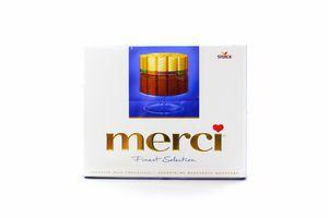 Конфеты 4 сорта молочного шоколада Merci 250г