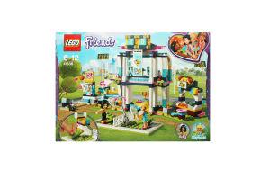 LEGO® Friends Спортивная арена для Стефани 41338