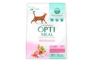Корм сухой с ягенком для взрослых котов с чувствительным пищеварением Optimeal м/у 200г