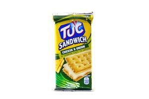 Печиво Tuc Сендвіч Крекер зі смаком сиру та цибулі 28г х16