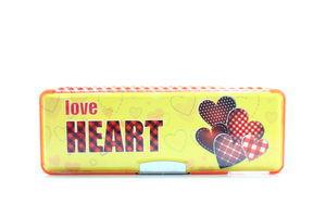 Пенал Love Heart пласт. на магніті з чинкою 2 відділення