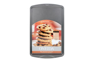 Oneida 10'' x 15'' Medium Cookie Sheet